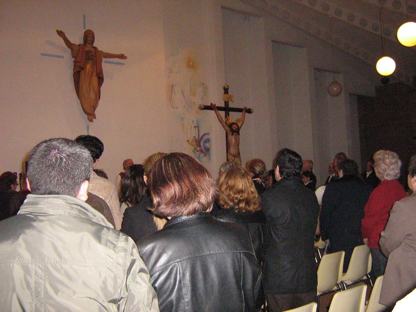 Sant Crist dentro de la Iglesia
